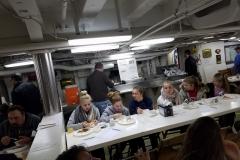 22 breakfast auf der USS high school 16